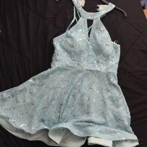 Sky blue dress (Turquoise)